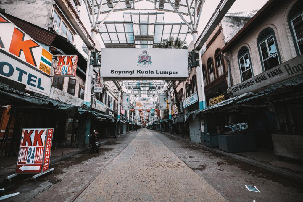 <h1>7:22:01 am</h1><br> Petaling Street - Empty