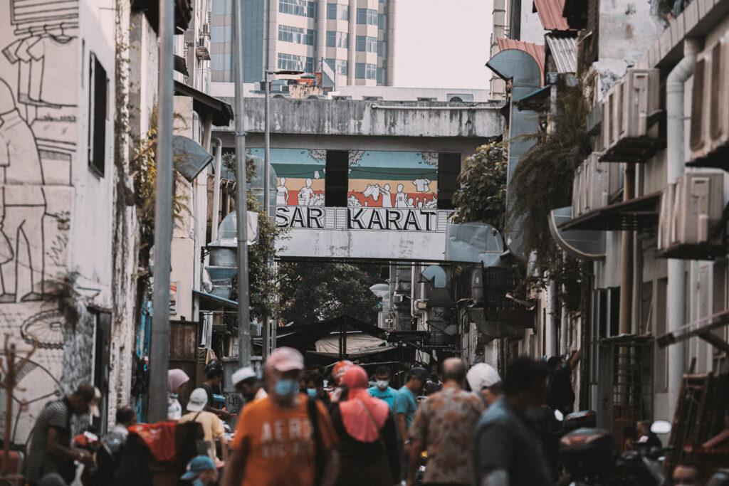 <h1>8:46:08 am</h1><br> Pasar Karat