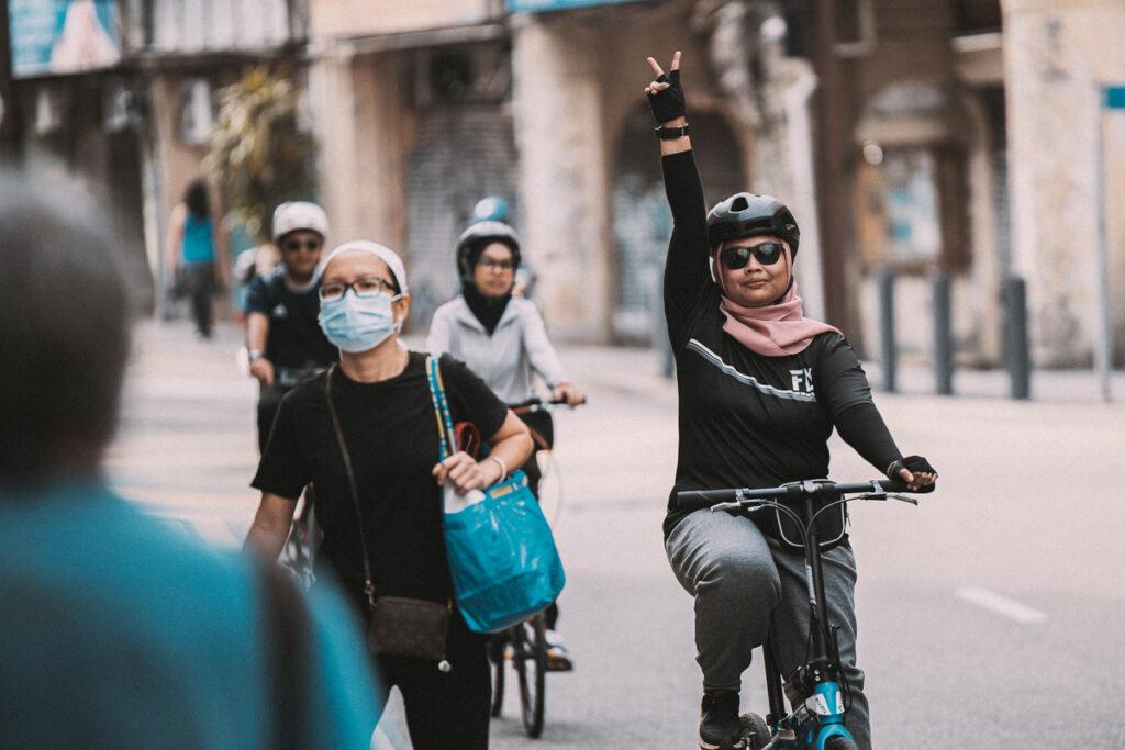 <h1>9:18:26 am</h1><br> Cycle @ Petaling Street